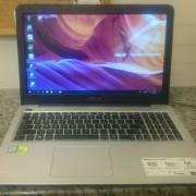 Laptop Asus X556U